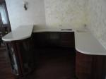 Кухонный стол с барной стойкой из искуственного камня
